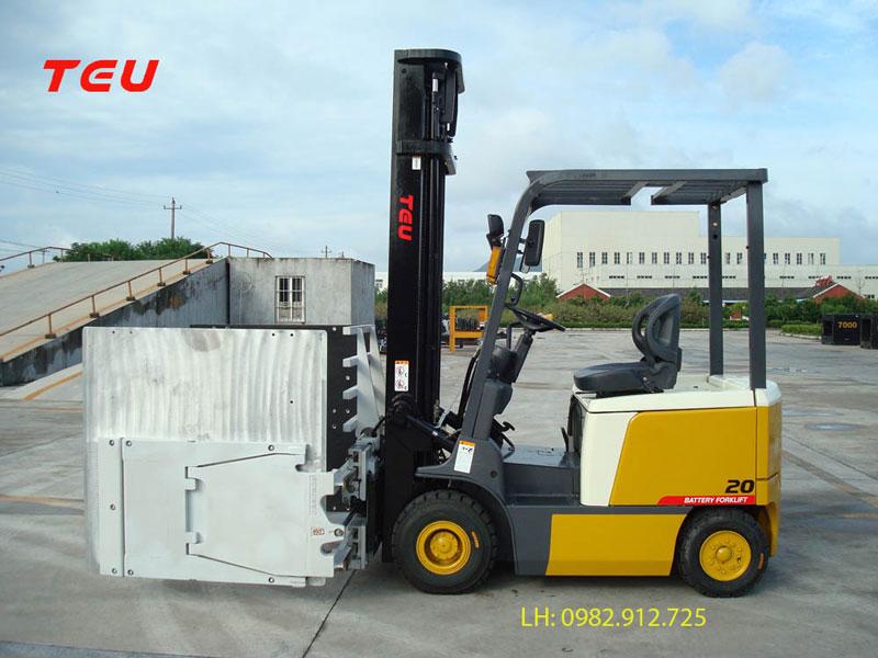 Mua xe nâng điện 2 tấn giá tốt nhất tại Hà Nội